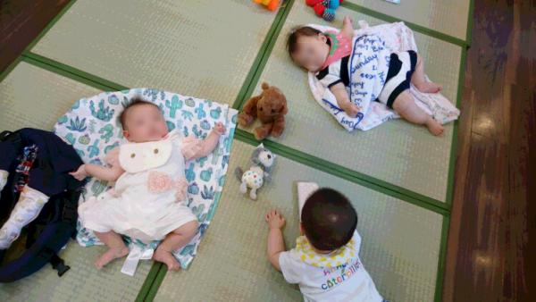 ねんねの赤ちゃん用に畳マット